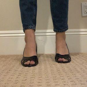 Tahari black heels